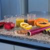 Pesquisadores usam frutas e verduras para criar plástico comestível e biodegradável