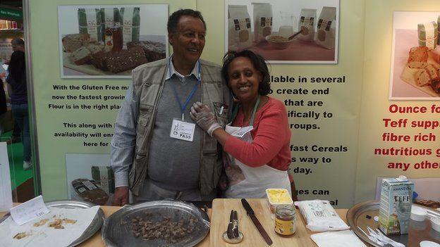 Em Londres, empresa Tobia Teff usa teff produzido nos EUA para fazer pães e mingau. Foto: BBC World Service