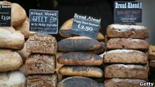 Bolos e pães têm componentes derivados de milho e soja transgênicos