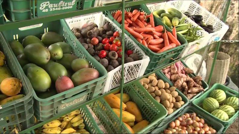 Muitos produtos convencionais são vendidos como orgânicos. Foto: OrganicsNet