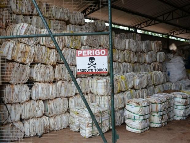 A Unidade de Reabastecimento de Embalagens Vazias de Agrotóxicos recicla 30