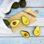 Abacate: saciar a fome mundial da fruta tem impacto ambiental e violência